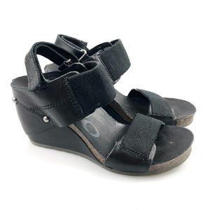 OTBT Womens Trailblazer Black Wedge Sandals Sz 6